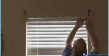 How to install shutters on the window with his hands
