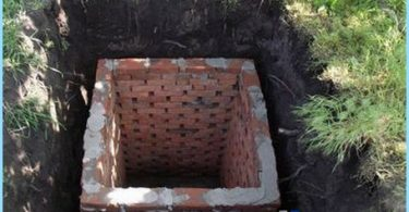 Construction of toilets in the country with their own hands