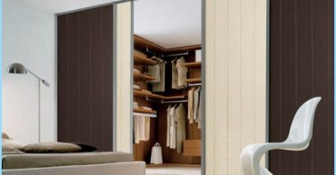 Built-in dressing rooms with their own hands